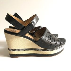 Clarks Soft Collection Wedge Sandals